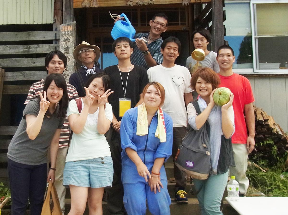 限界集落での農作業ボランティア